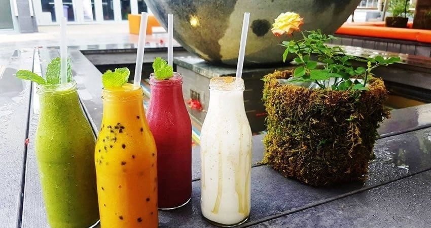 Blog Summer Is For Smoothies01